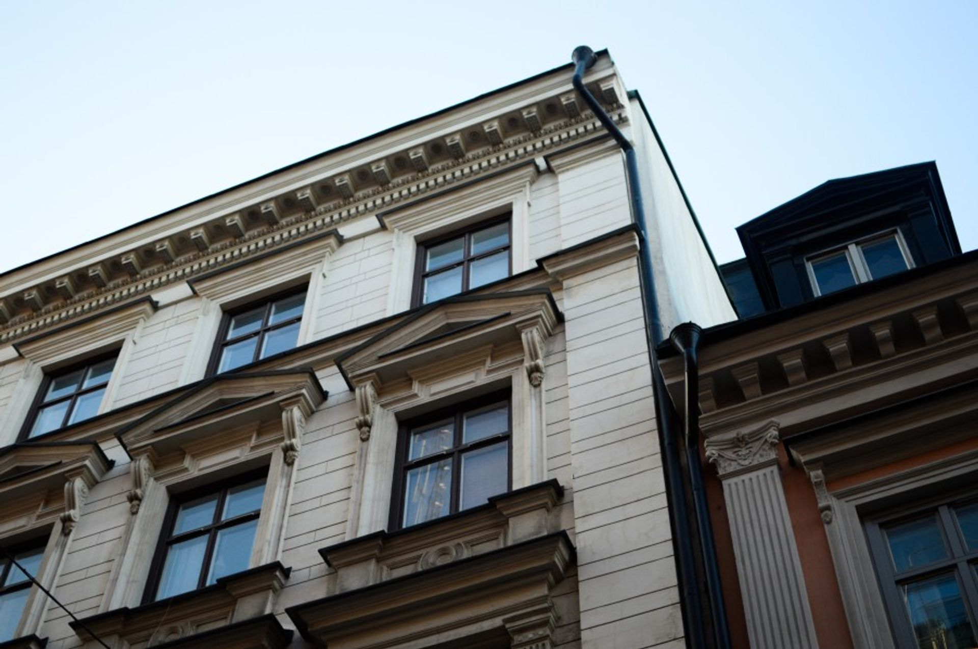 Exterior of an apartment building.