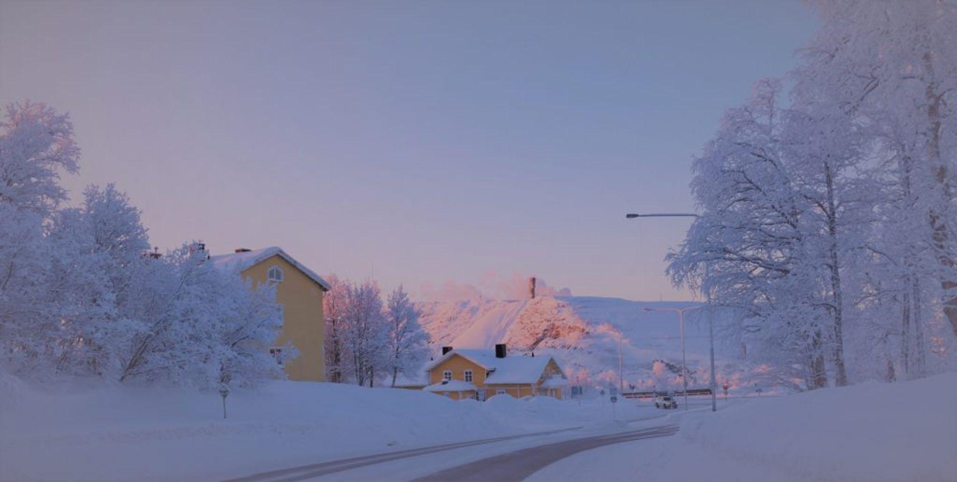 kiruna yellow house