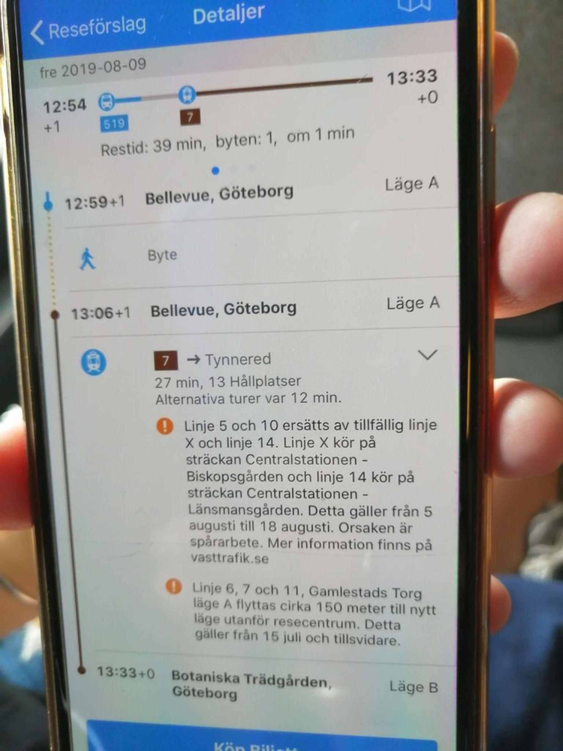 Västtrafik app showing directions.