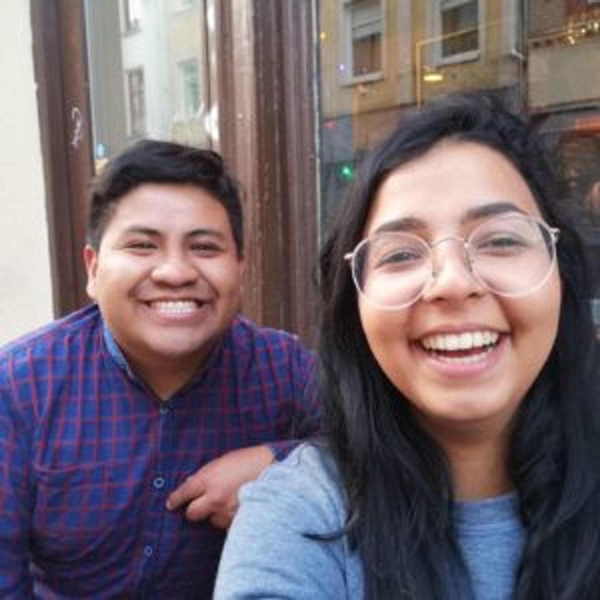 Camilo taking a selfie with a friend, Eva.