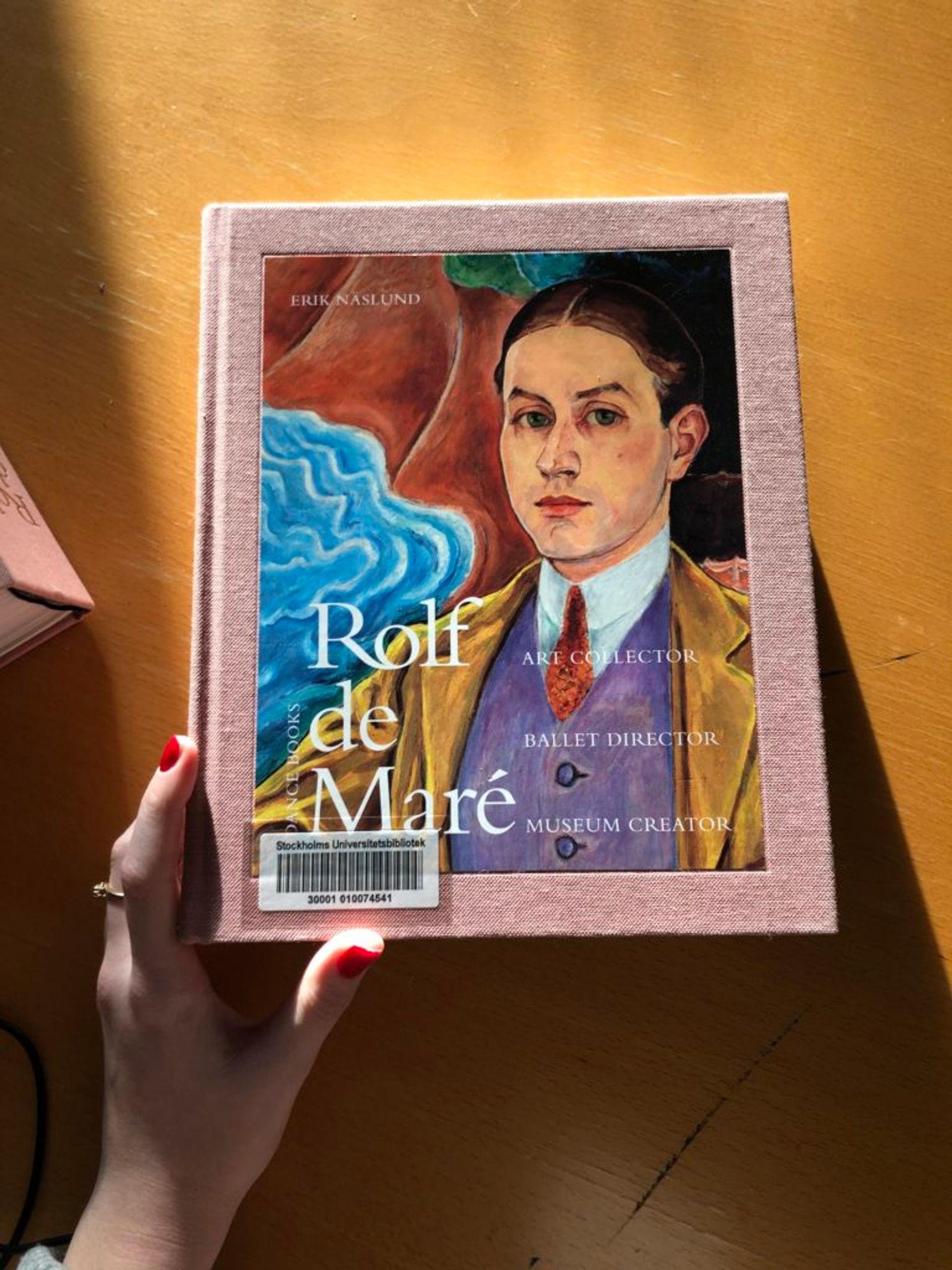 Close-up of book about Rolf de Maré.