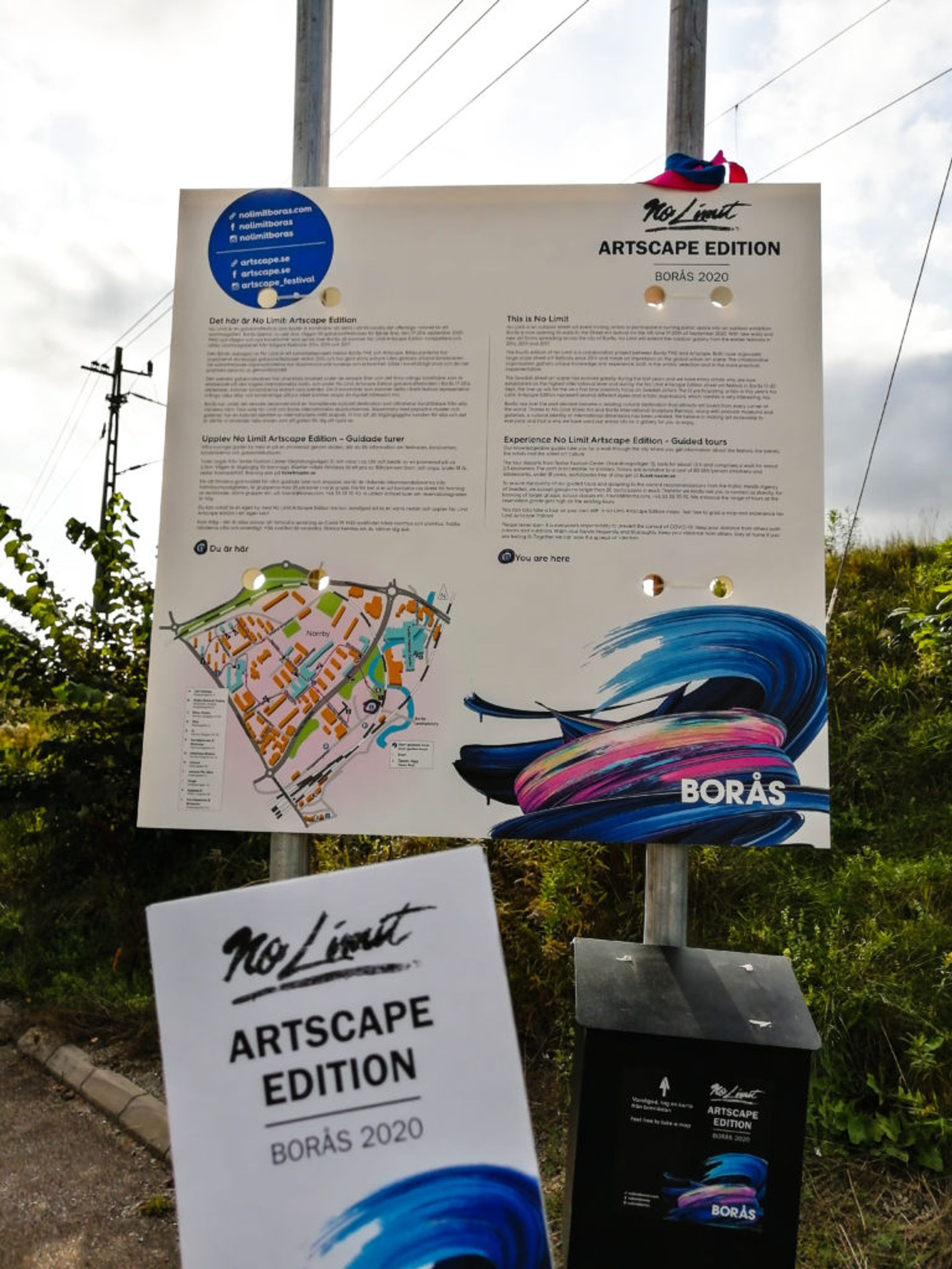 Signs and maps for guided tour of the No Limits Street Art Borås Festival 2020.